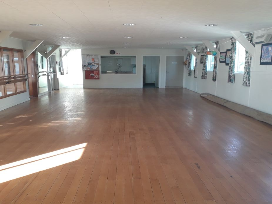 Tahapa Crescent Hall - Hall
