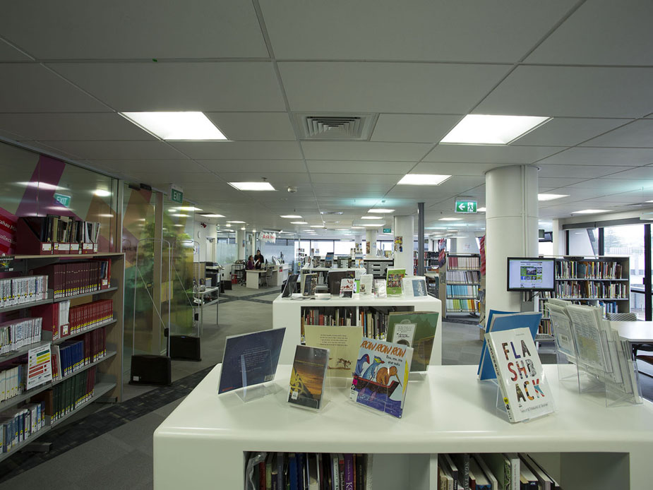 Manukau Library and Research Centre General