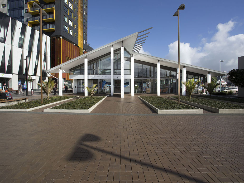 New Lynn Library Exterior