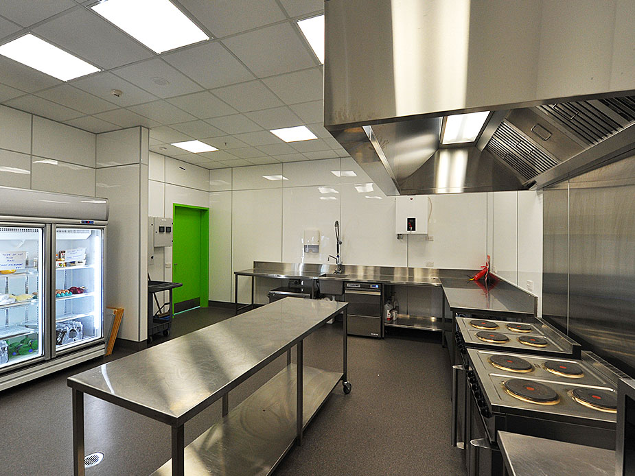 Te Atatū Peninsula Community Centre Kitchen 3