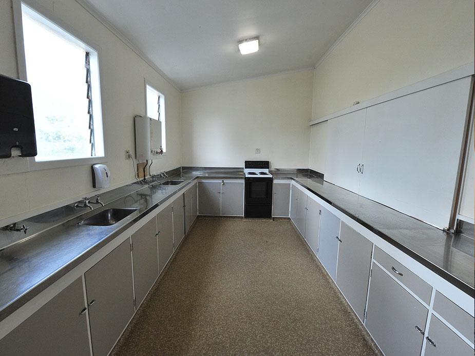 Alfriston Hall kitchen