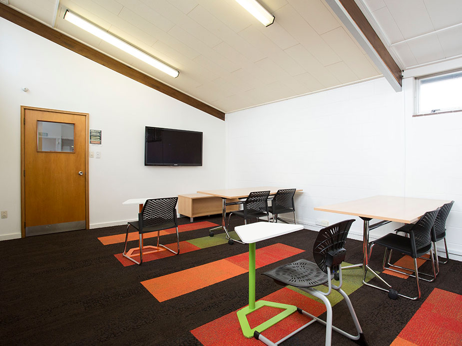 Papatoetoe Library Room(2)