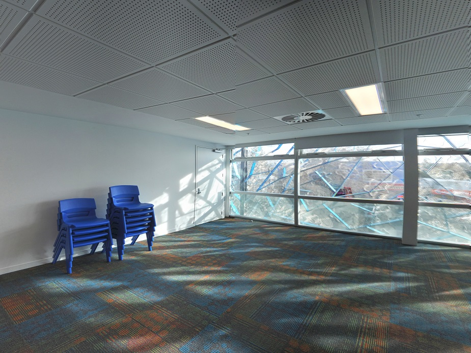 Te Atatu Peninsula Community Centre - Kōtare - Kingfisher Room Interior