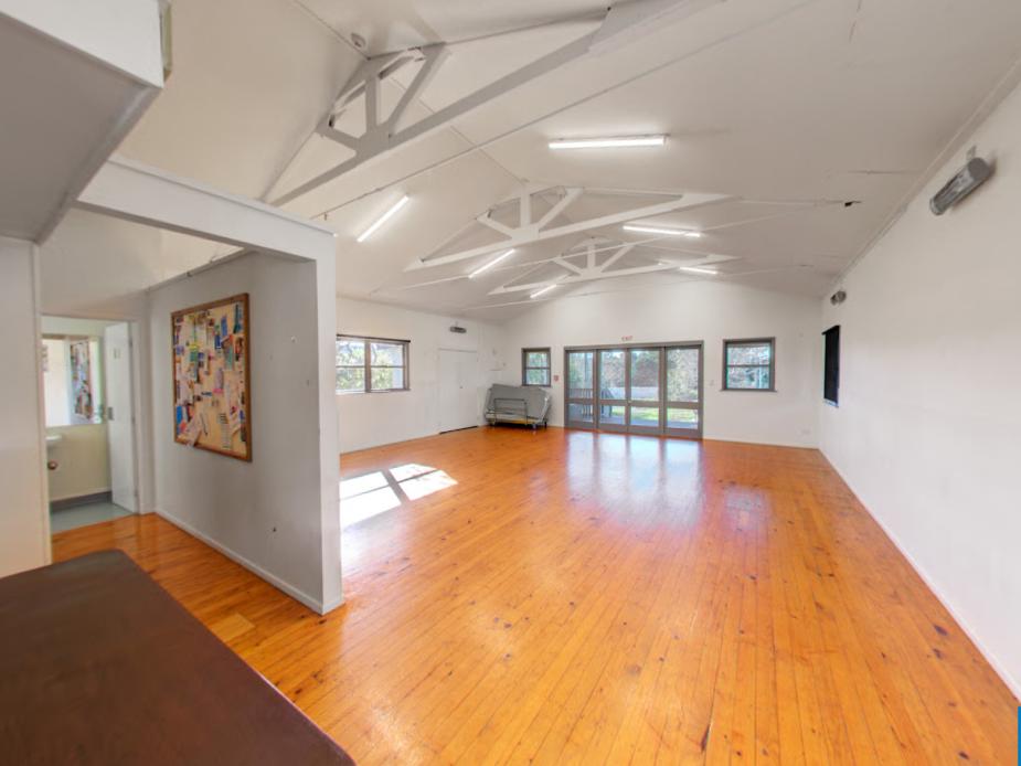 Te Pokapū ā-Hapori o Ōkahukura - Albany House