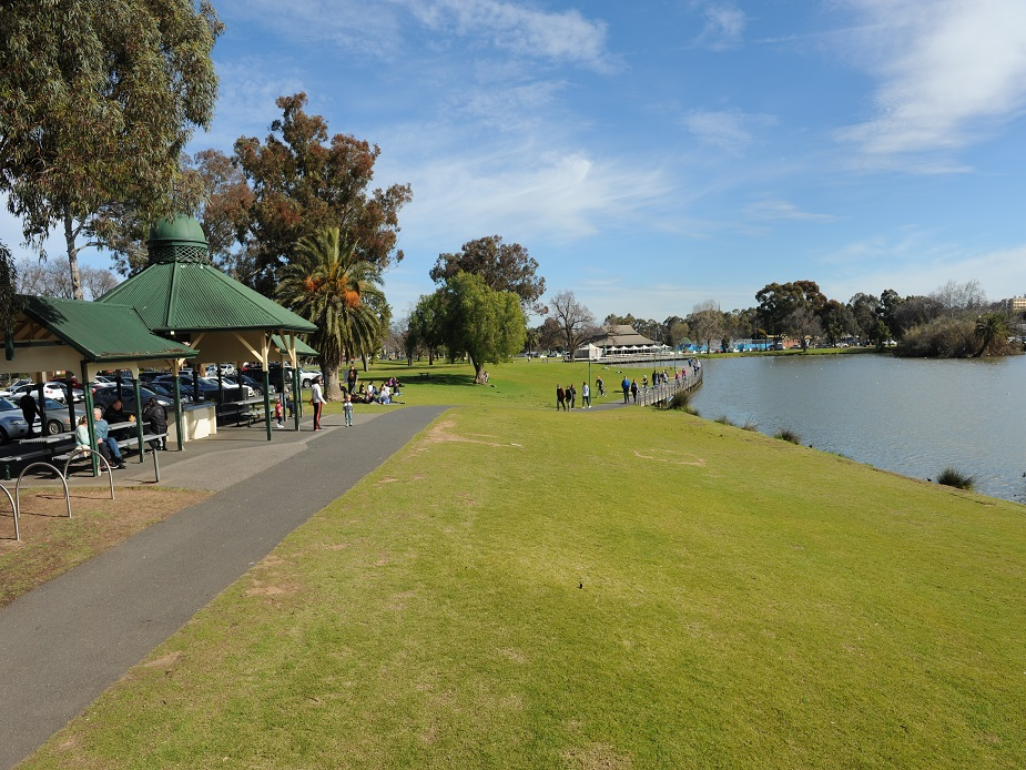 Lake Weeroona Central Lawns