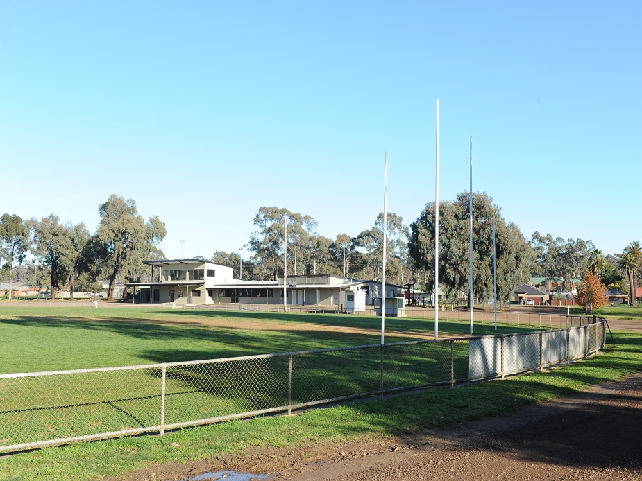 White Hills Oval