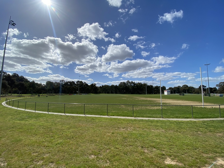 Junior Oval