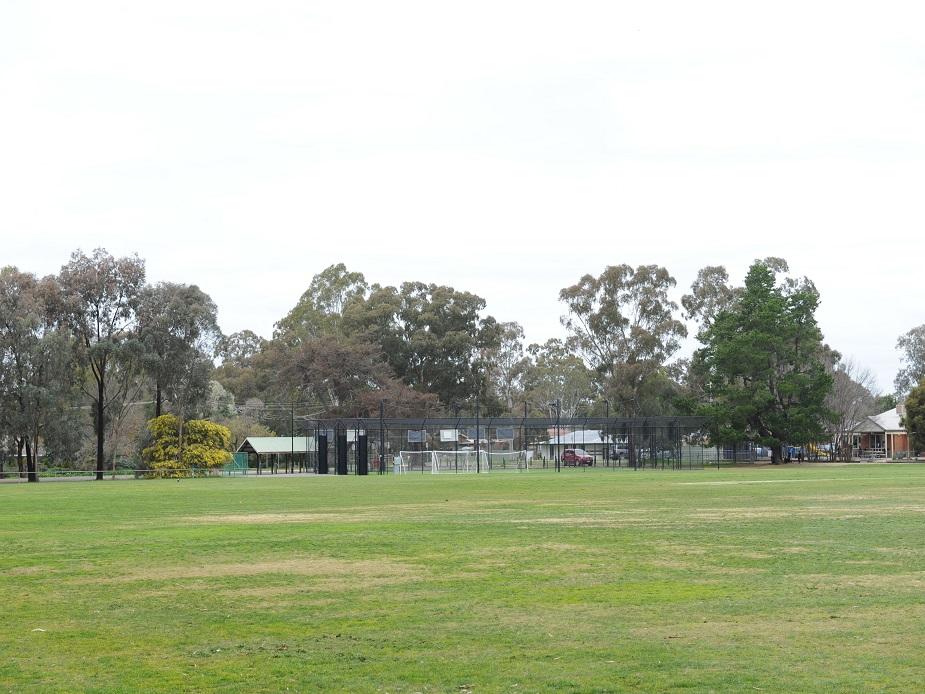 Club Court Upper/JG Edwards Oval
