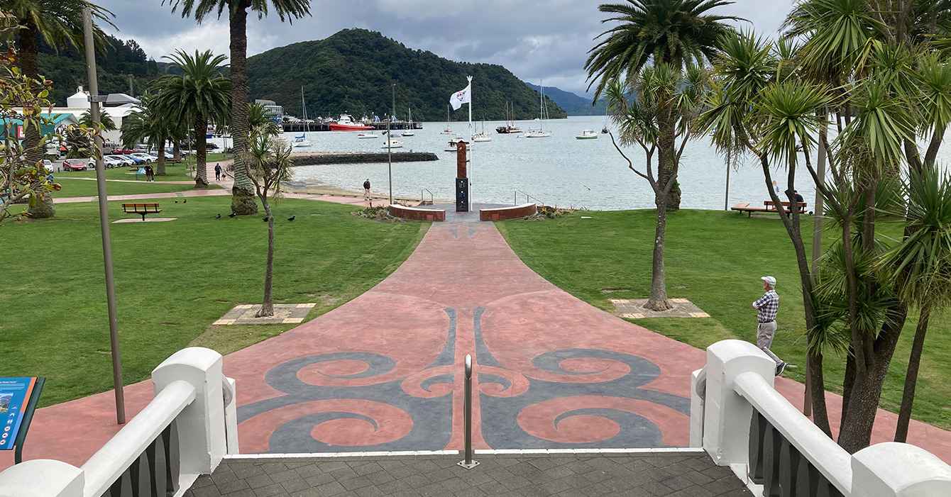Picton Foreshore - Memorial Steps