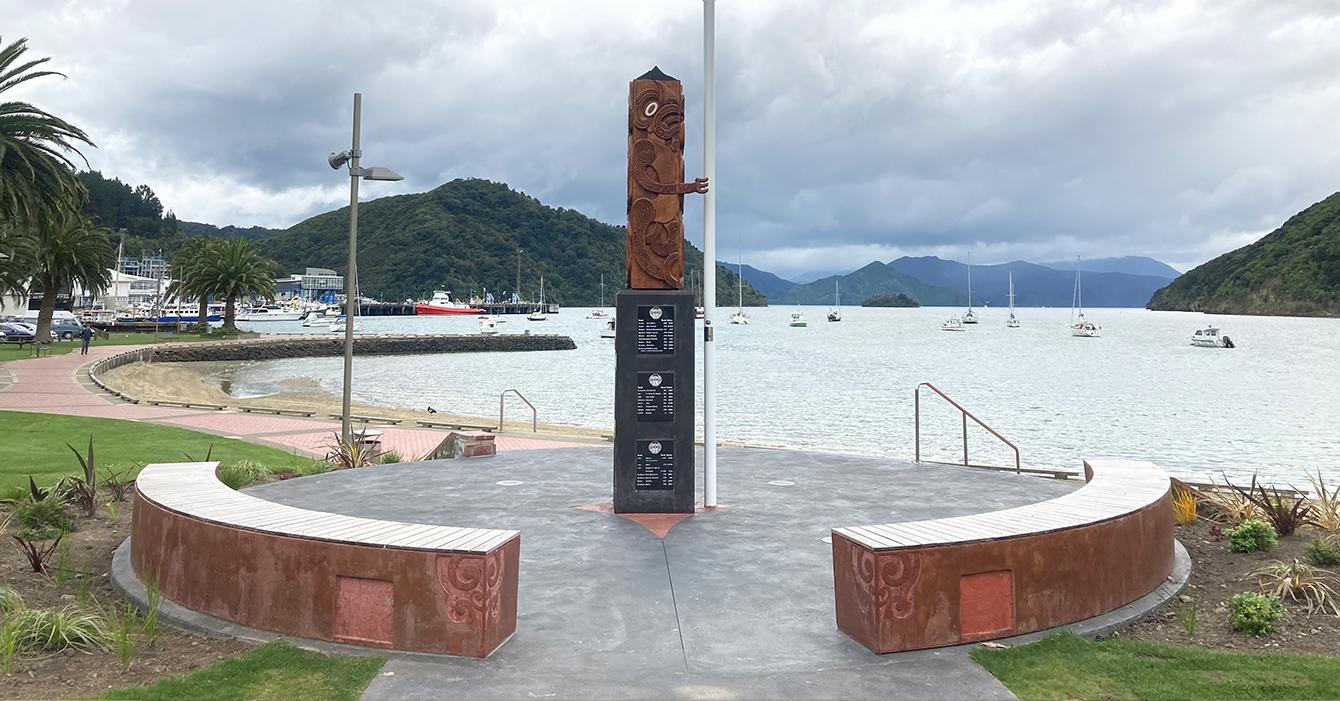 Picton Foreshore - Pouwhenua