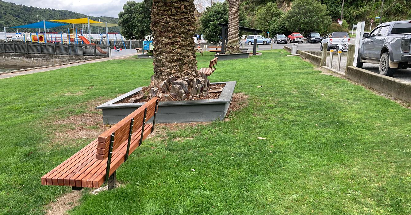 Waikawa Foreshore Seating