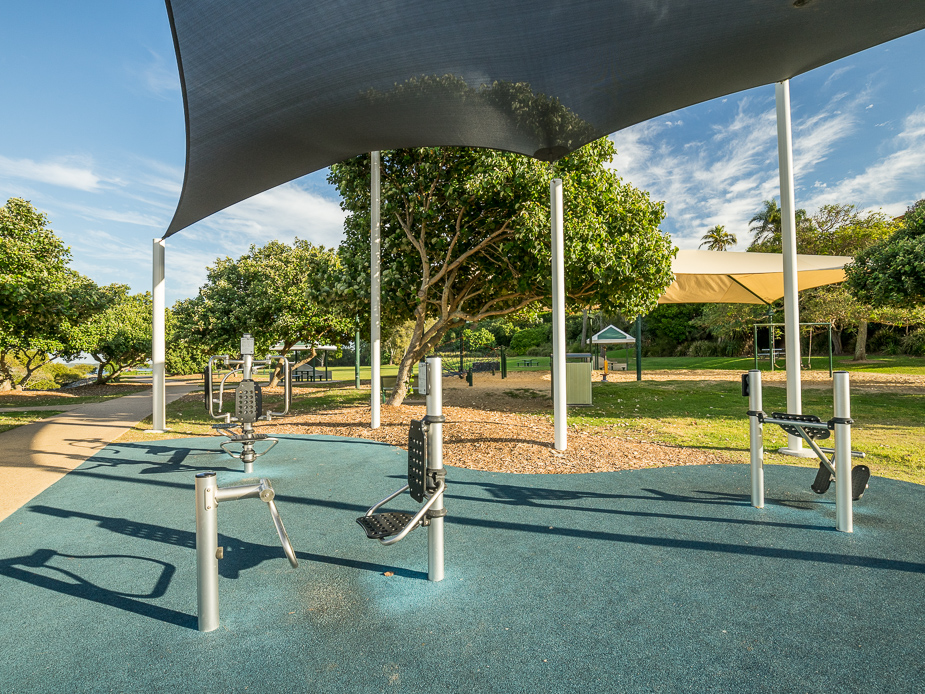 Wellington Point Recreation Reserve - Fitness Equiptment
