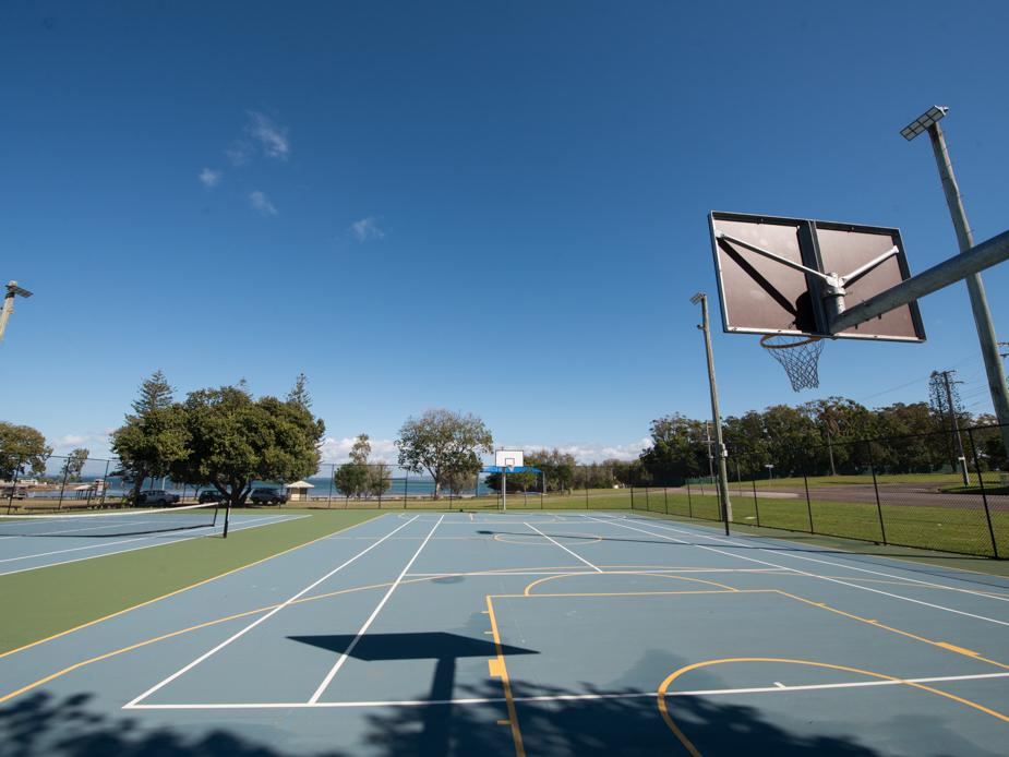 Dunwich Ron Stark Oval - North Tennis Court