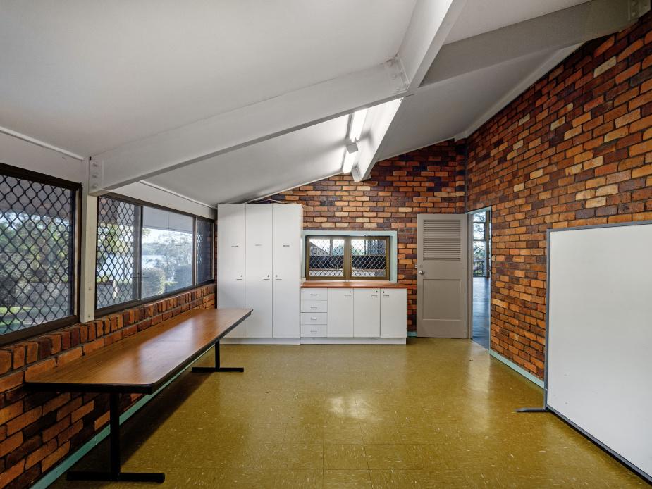 Hall - Meeting Room