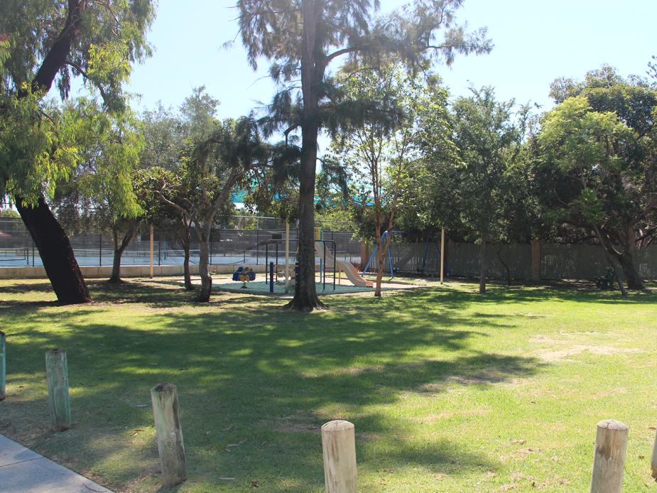 Hensman Square Park