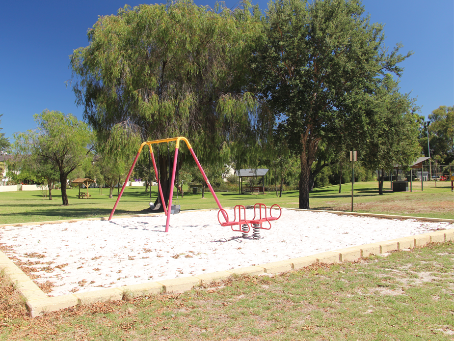 Clydesdale Reserve playground