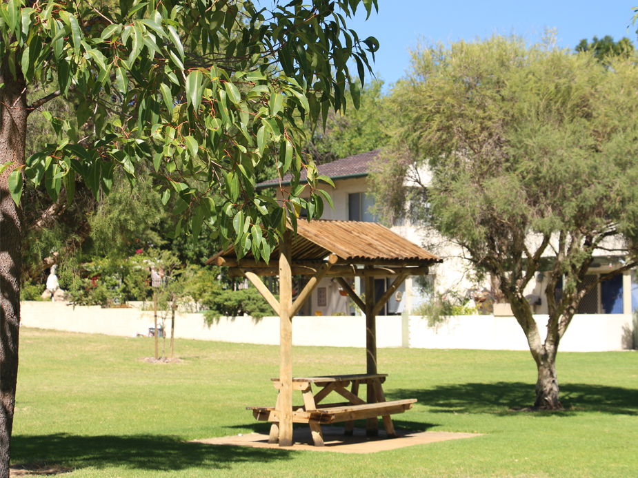 Clydesdale Reserve shaded seating