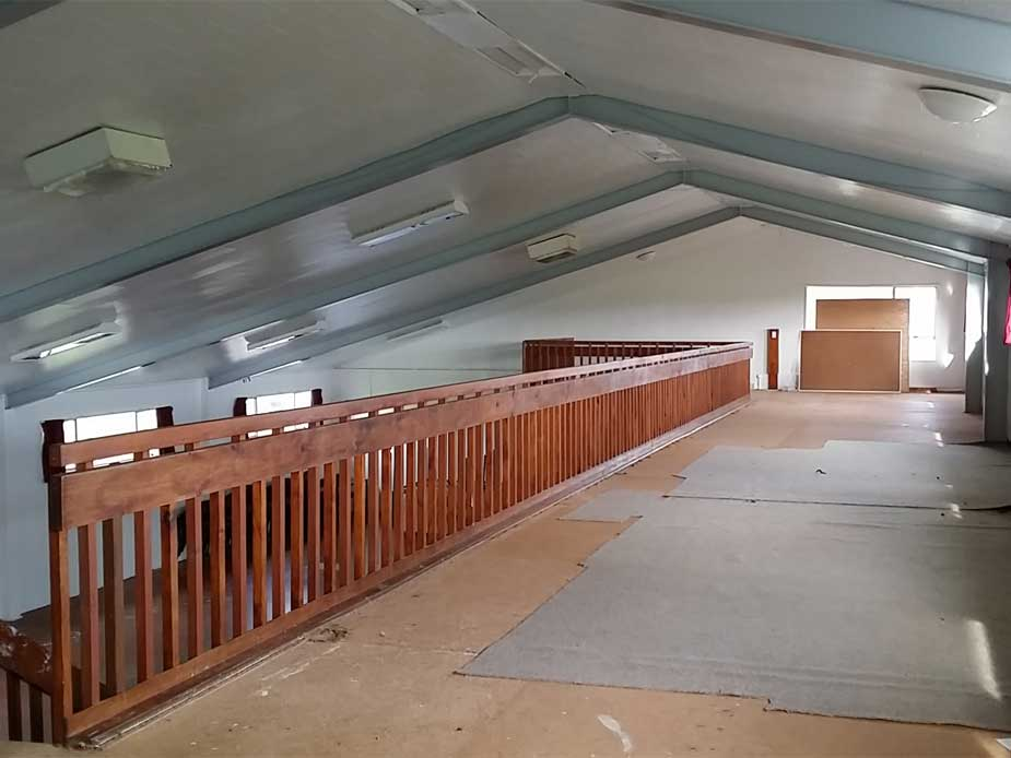 The mezzanine offers additional space for event participants