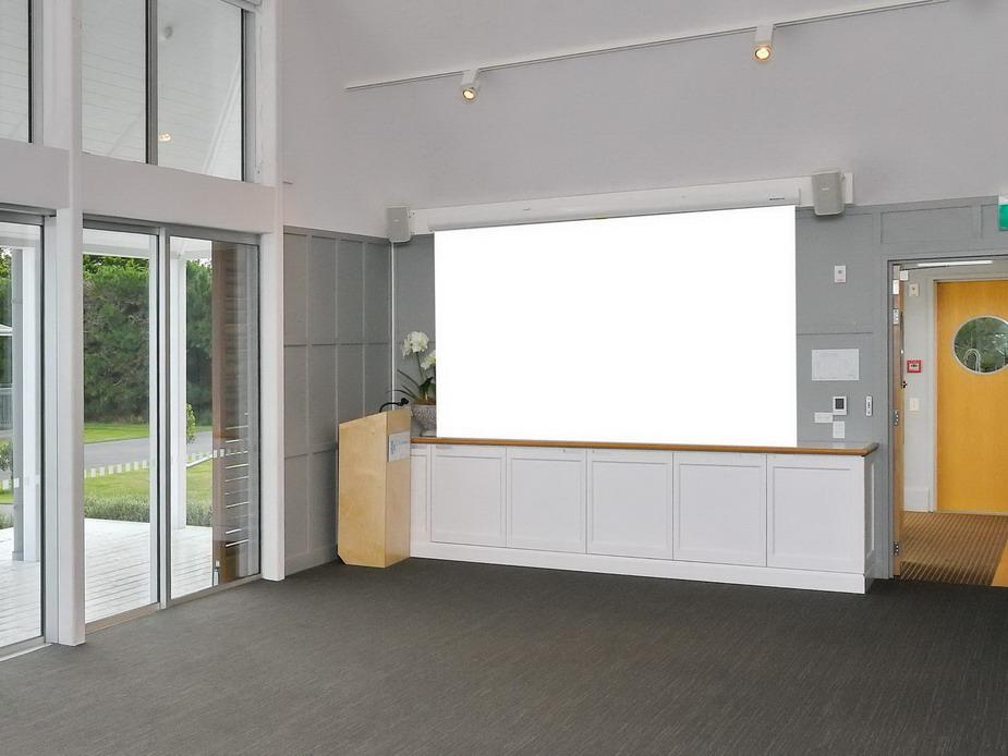 A&P Room - AV screen position