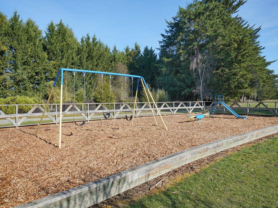 Cust Domain Playground