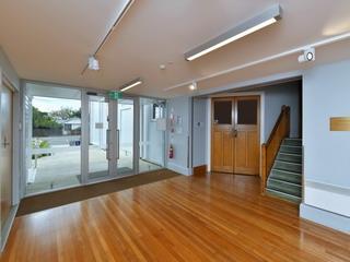 Link Space Foyer - toward Main Hall entrance